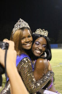 The following are images from the Wildwood Middle High School Homecoming crowning ...
